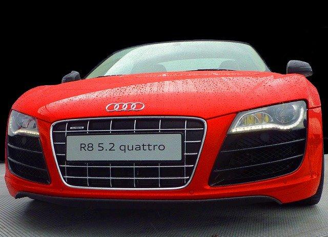 Audi červené